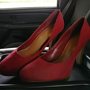 EUC Red FIONI Heels